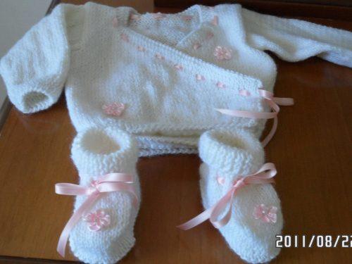 golfino con scarpine per neonata