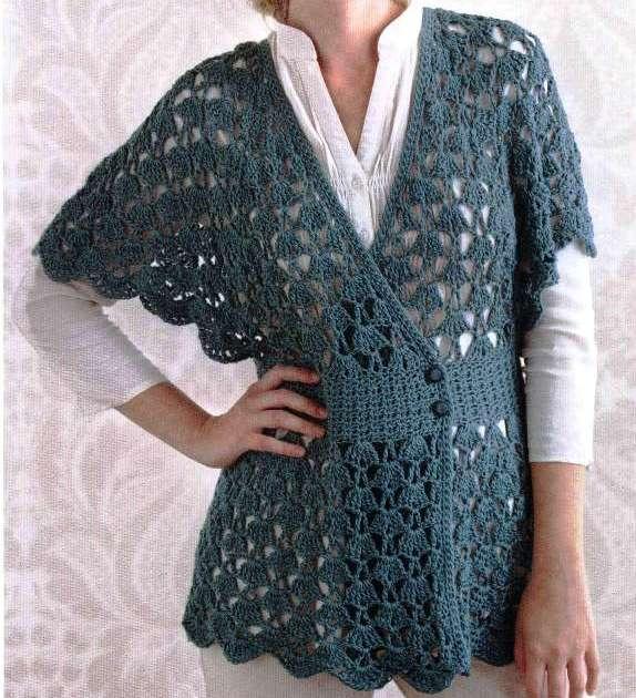 Tunicaall'uncinetto a forma di kimono.