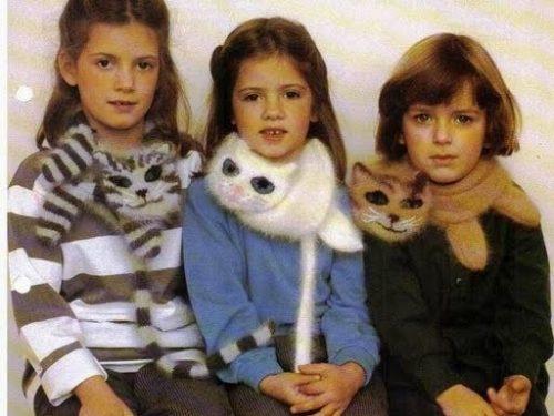 Sciarpa-gatto fatta a maglia