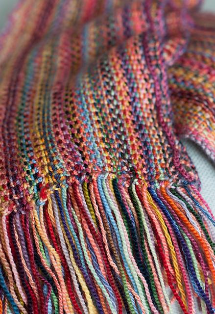 sito affidabile 8001c 02d9f sciarpa multicolore ai ferri con un punto insolito
