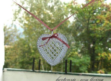 Bellissima decorazione a forma di cuore