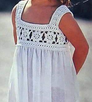 Meraviglioso corpetto all'uncinetto per vestito da bimba