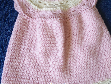 Tenerissimo abitino per neonata (0 – 3 mesi)