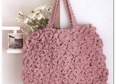 borsa fatta con moduli a fiore